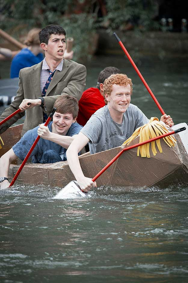 cardboard-boat-race-15th-june-06
