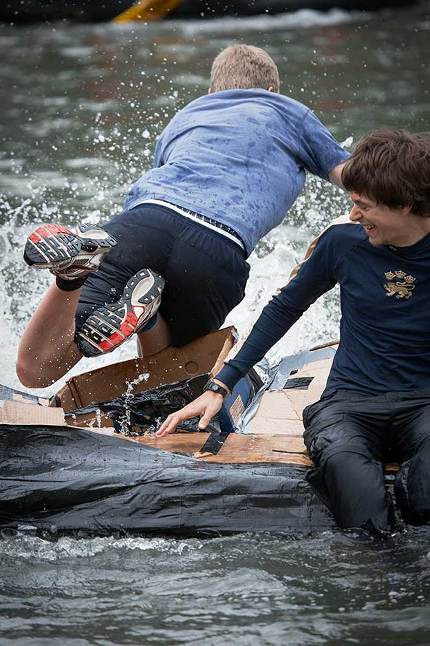 cardboard-boat-race-15th-june-08