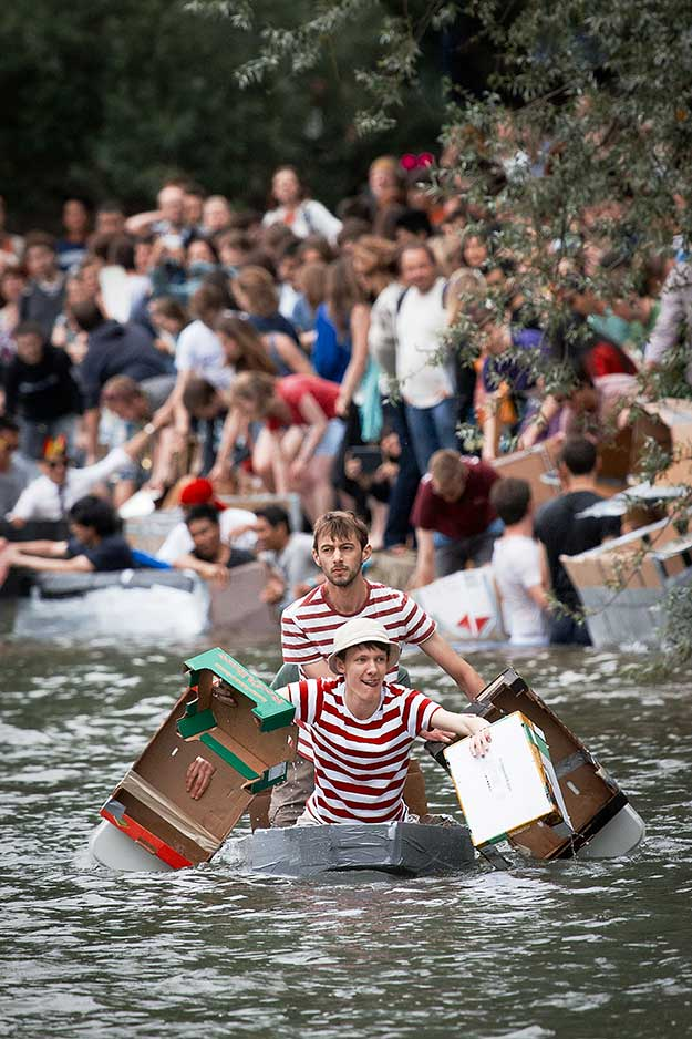 cardboard-boat-race-15th-june-09