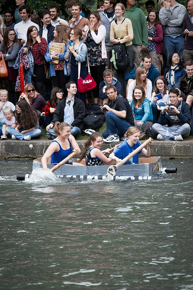 cardboard-boat-race-15th-june-10