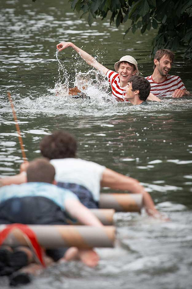cardboard-boat-race-15th-june-20