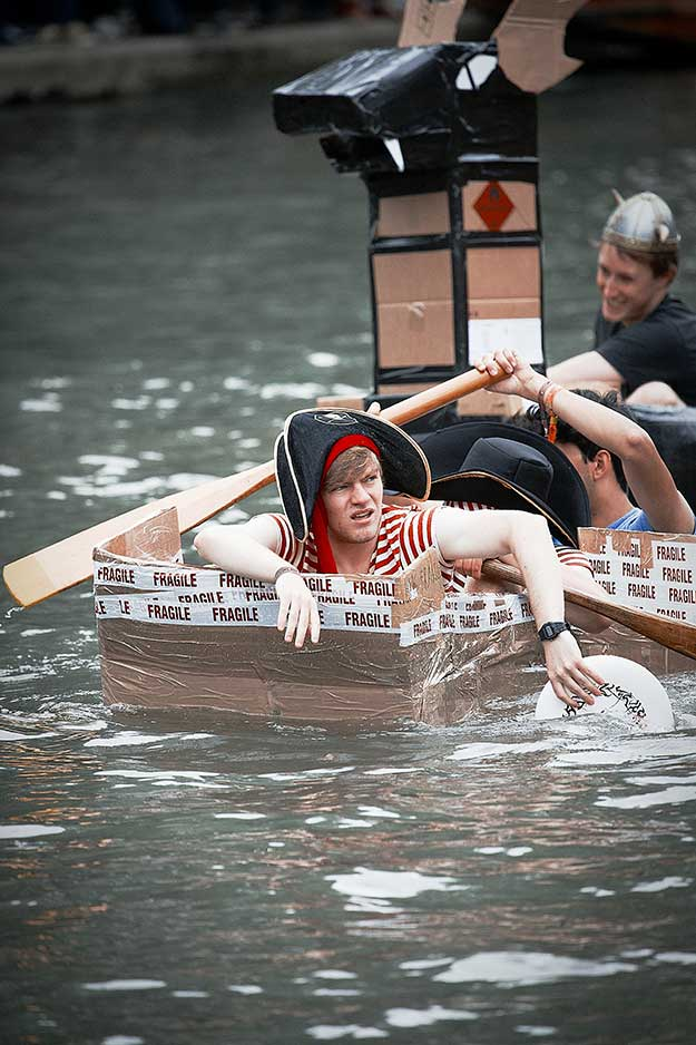 cardboard-boat-race-15th-june-34