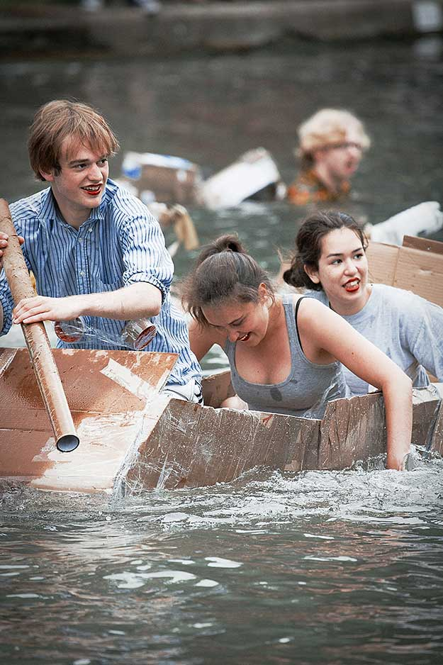 cardboard-boat-race-15th-june-37